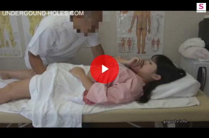 【マッサージ盗撮おまんこ動画】妊娠した女性客もいる噂がある歌舞伎町の悪徳整体師の餌食になった黒髪の女の子ww