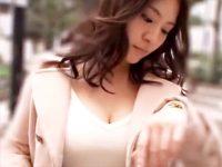 【巨乳おまんこ動画】ニットセーターからハミ出す着衣巨乳が目立つ女性をナンパ…着衣セックスでも分かる乳揺れww