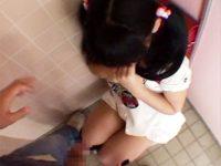 【JSおまんこ動画】学校帰りに公衆トイレに入ったランドセル少女…待ち構えてた男にレイプされる衝撃映像…