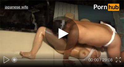 【エステ盗撮おまんこ動画】一泊二日の温泉旅で巨乳セレブ妻がオイルマッサージ中に勃起チンポを自ら挿入ww