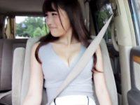 【ハメ撮りおまんこ動画】Gカップの谷間に我慢出来ず移動中の車を停めてカーセックスを始めたカンパニー松尾ww