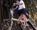 【カーセックスおまんこ動画】媚薬を塗られて自転車のサドルでオナニーしてた女子校生を車に拉致って即ハメww